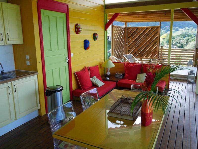 LA  JOUPA case créole de charme avec piscine/ Spa, aluguéis de temporada em Basse-Terre Island