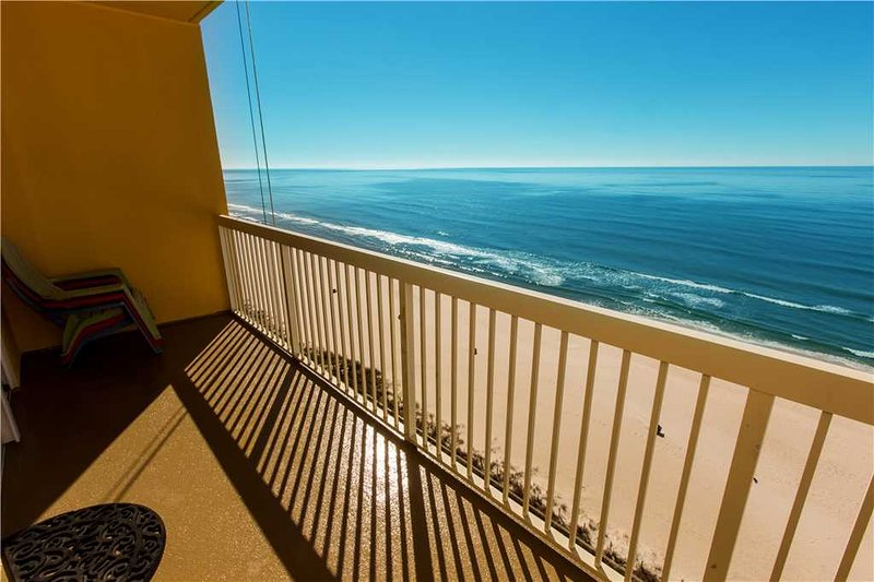 Calypso resort towers deluxe two bedroom apartment - Two bedroom condo panama city beach ...