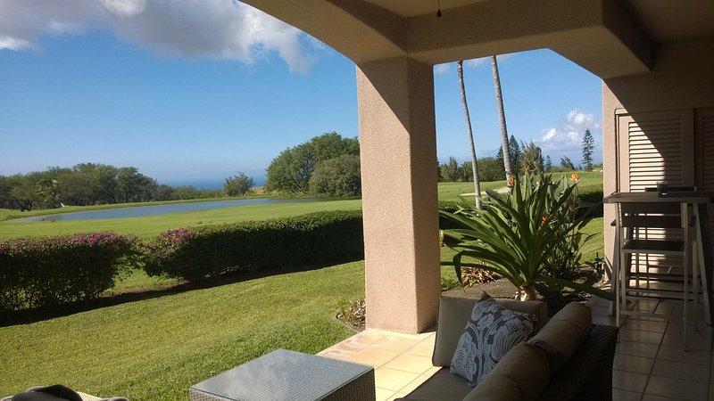 vue sur le parcours de golf, l'océan et coucher du soleil sur Waikoloa Village Golf Course