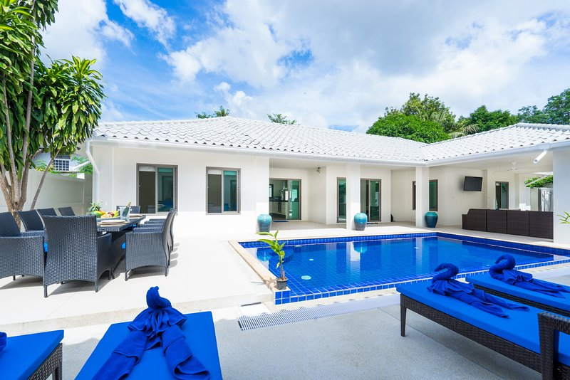 6 Bedroom Chaweng Pool Villa