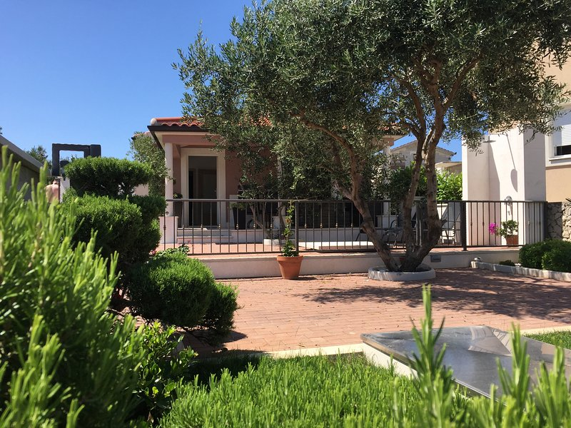 Villa Chiara, vacation rental in Rogoznica