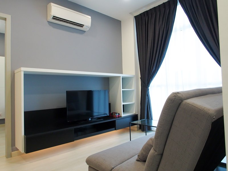 NEW Modern Studio Suites for short stay, holiday rental in Glugor