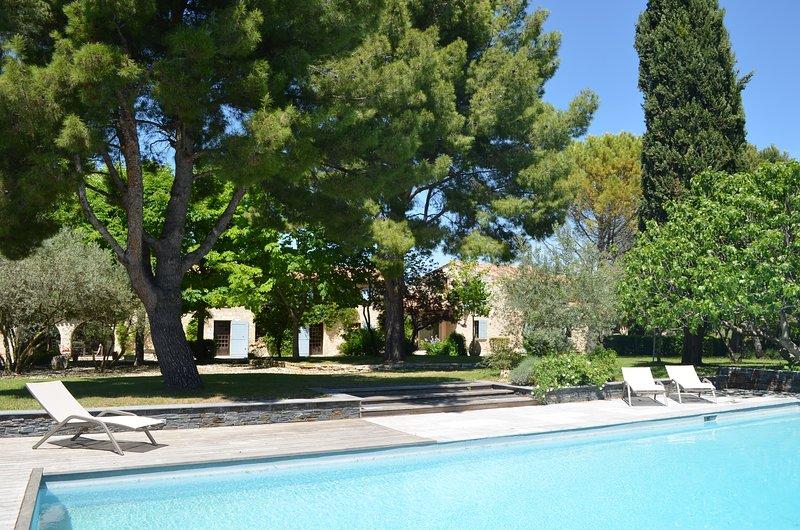 Campagne Chastel, Gîte de charme à Aix-en-Provence, holiday rental in Puyricard