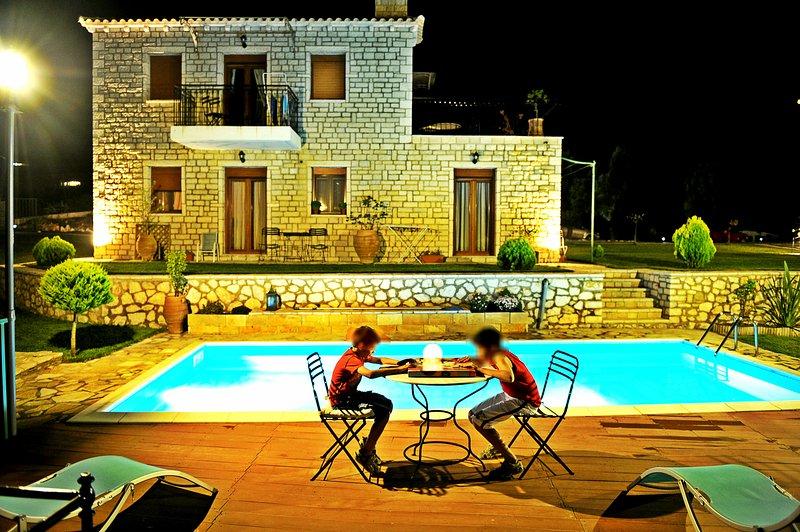 Villas Panorama Traditional Stone Villa, location de vacances à Lefkada