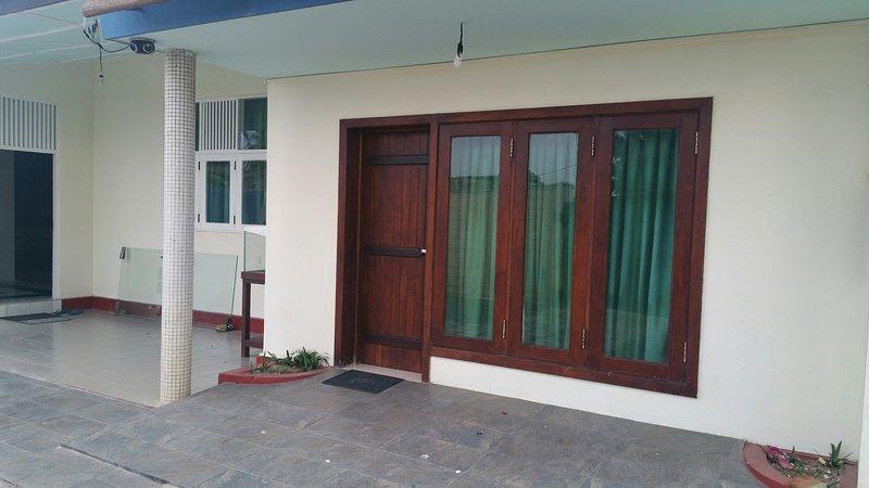 Luxury .Guest House for foreigners, location de vacances à Kelaniya