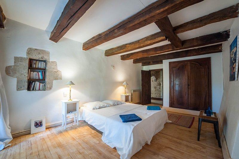 Chambre d'hôtes en Gascogne 'La Dame de Coeur', holiday rental in Mezin