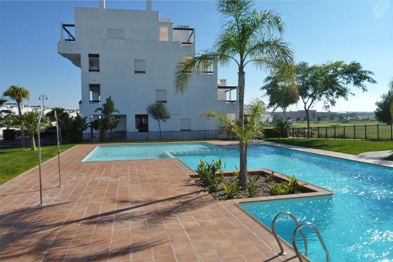 LUXUS PENTHOUSE GOLFVIEW, holiday rental in Gebas