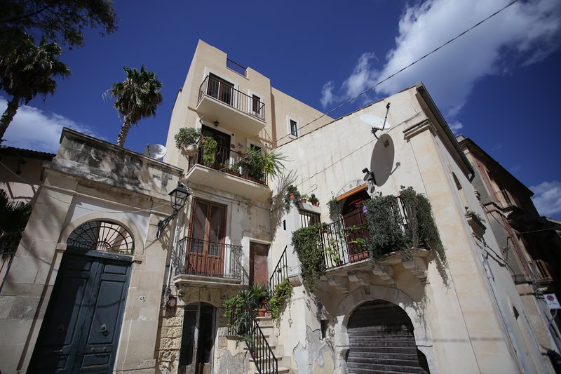 Casa Ines Guest House, with terrace, vacation rental in Belvedere