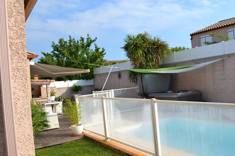 10mn de Montpellier, 10mn de la plage, holiday rental in Laverune