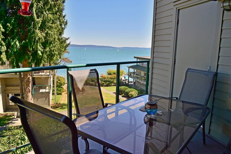 Relax on our main deck and watch sailboats go by.
