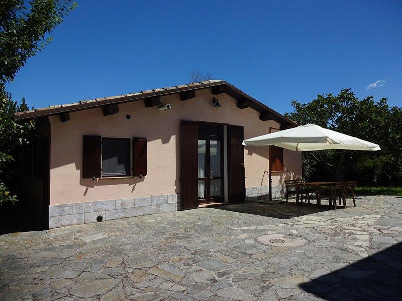 Casetta del Melograno - Ulivoitalia, casa vacanza a Bellaguardia