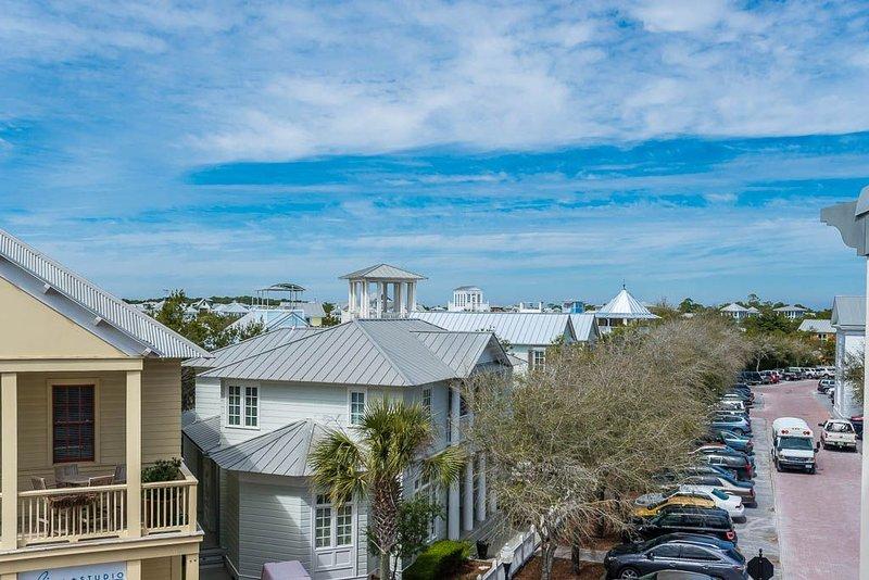 Seaside Street Views