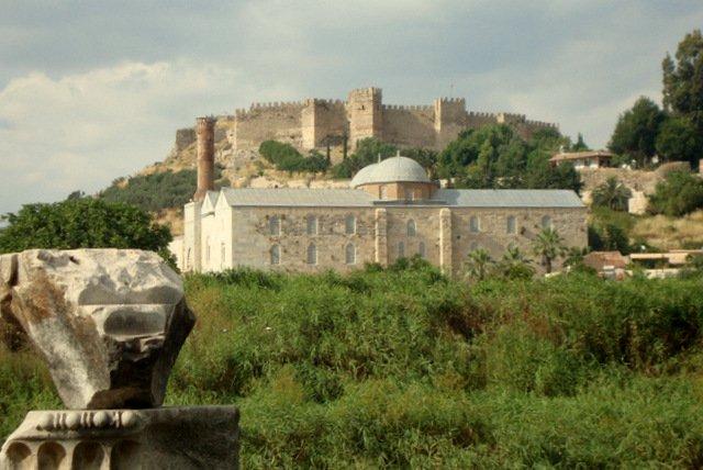 castillo bizantino, Johns Church St y Temple Artemis cada uno metros de St Johns House