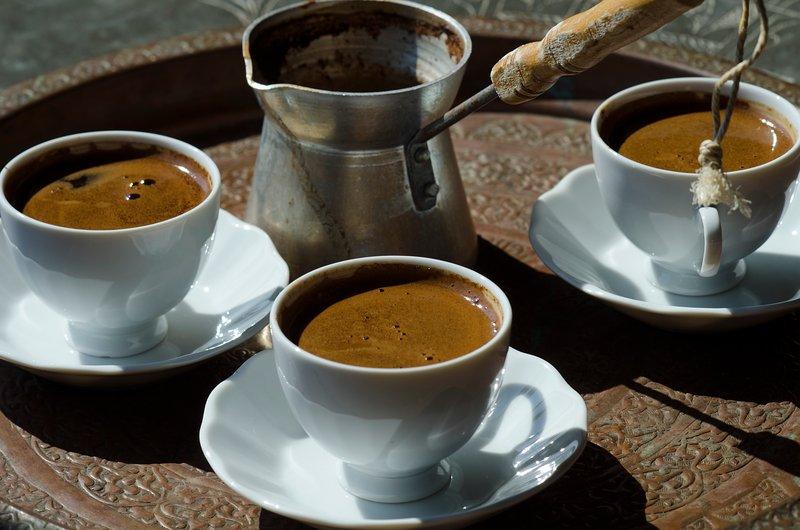la hora del café turco
