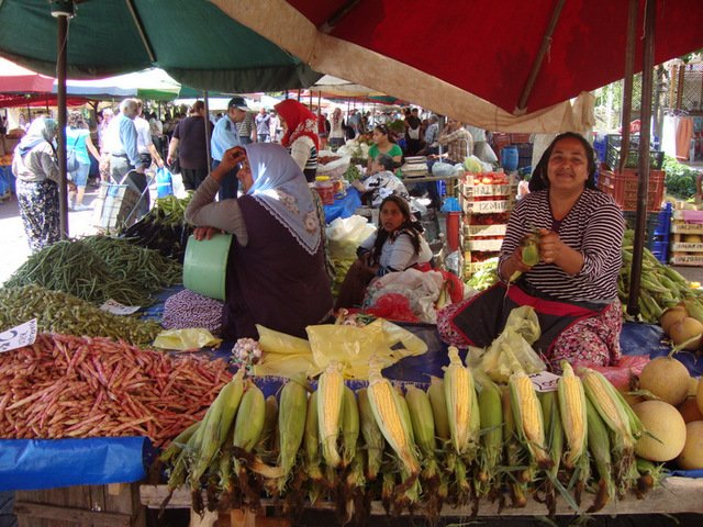 Mercado de los sábados, Selcuk, a corta distancia de St Johns House