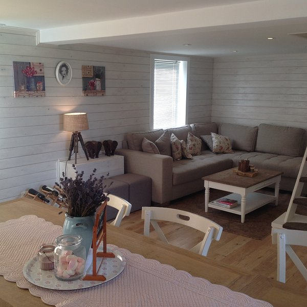 Hellowelcome at Maison Marie, a cosy holiday house  between Ypres -Poperinge and Heuvelland.