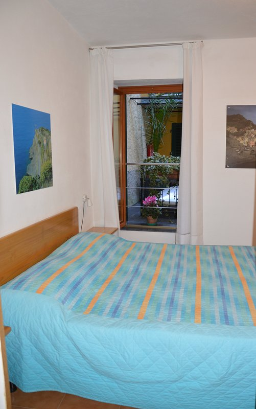 Room 2 - Double bed with balcon