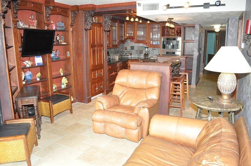 Sunglow Resort Unit 105, vacation rental in Daytona Beach Shores