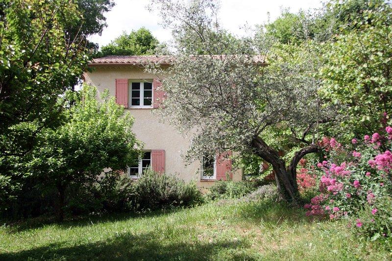 Gite de la Forêt, aluguéis de temporada em Sahune