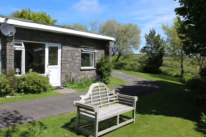 Dean Steep Holidays - Lundy B, vacation rental in Parracombe