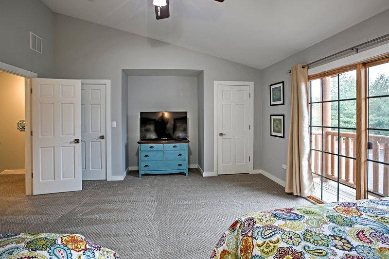 Entrambe le camere hanno un Smart TV.