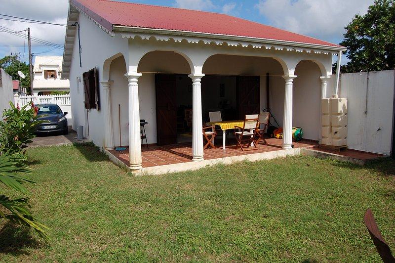 Maison proche de la superbe plage du souffleur à Port-Louis, location de vacances à Port-Louis