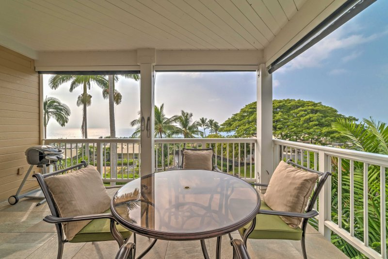 A rejuvenating Hawaii getaway awaits you at this charming vacation rental condo!