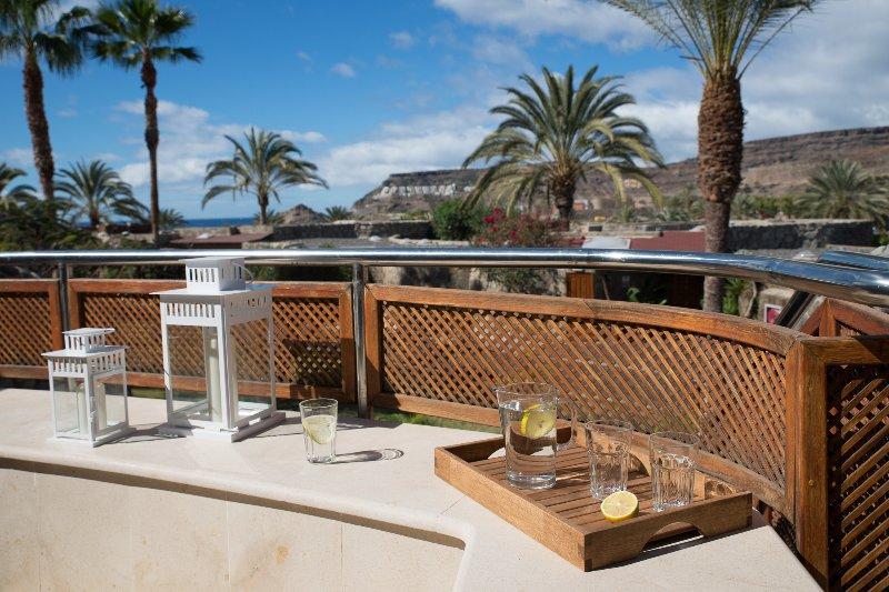 GranTauro Casa - very special offer, vacation rental in La Playa de Tauro