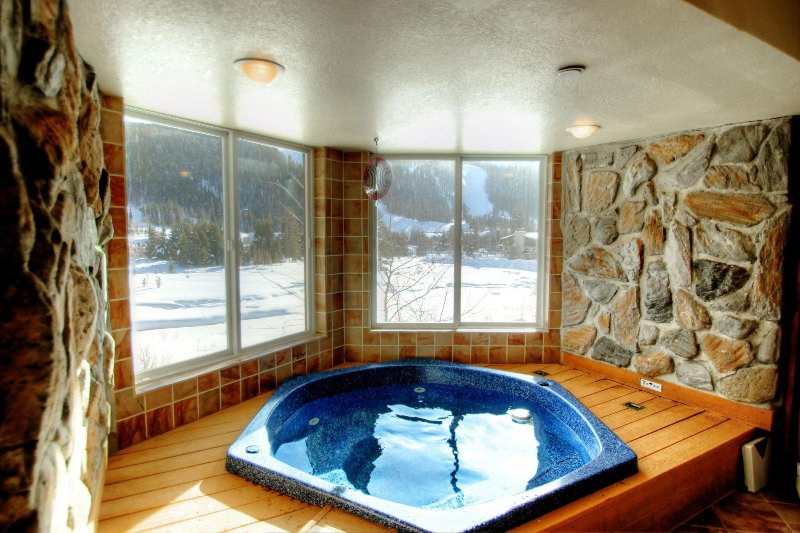SkyRun Property - 'CRI221 Cinnamon Ridge' - In Room Hot Tub with a view - Overlooking the Snake River and Keystone Resort, this is the best view of the resort that is available.