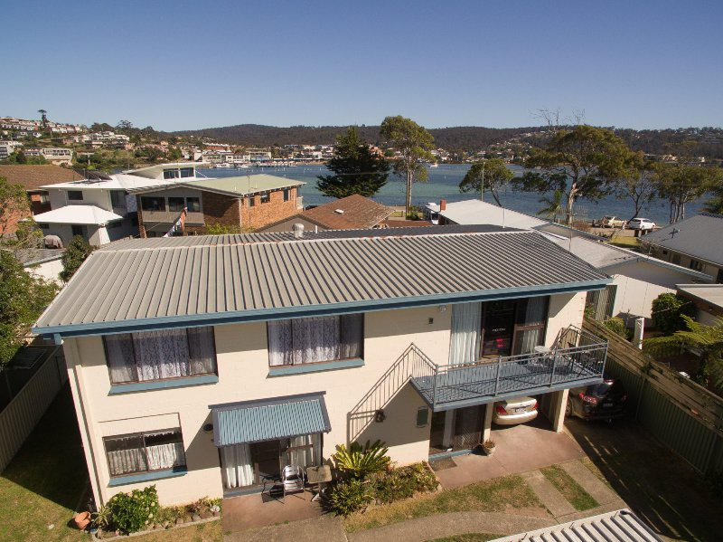 Beachwalk Nine - Great location between the lake and the beach, vacation rental in Merimbula