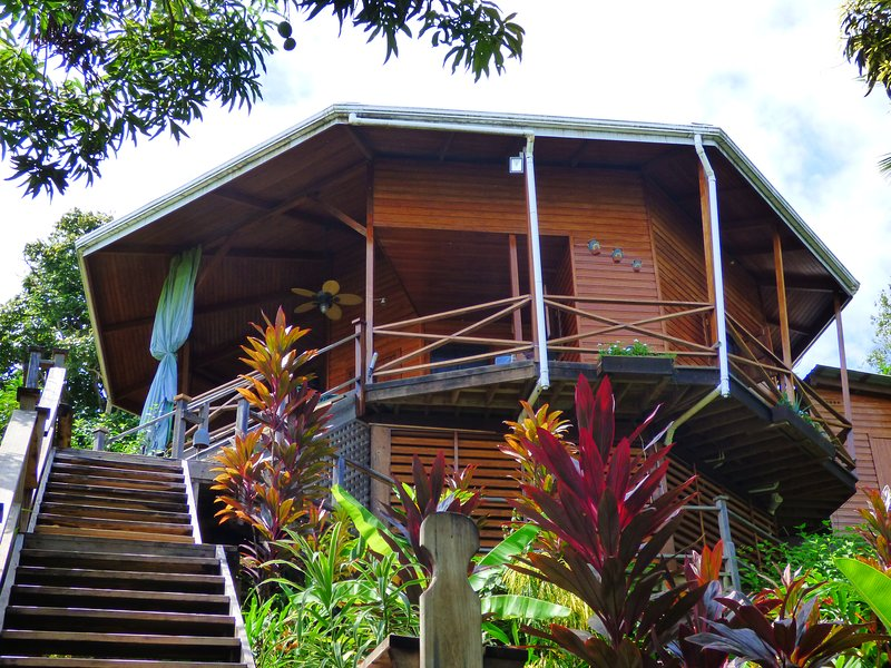 Aloe Vera Eco-House, Kayak & Snorkelling, alquiler de vacaciones en Isla Bastimentos