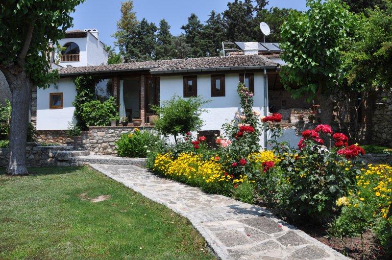 Garden House, paradise in Selcuk, sleeps 4, aluguéis de temporada em Selcuk