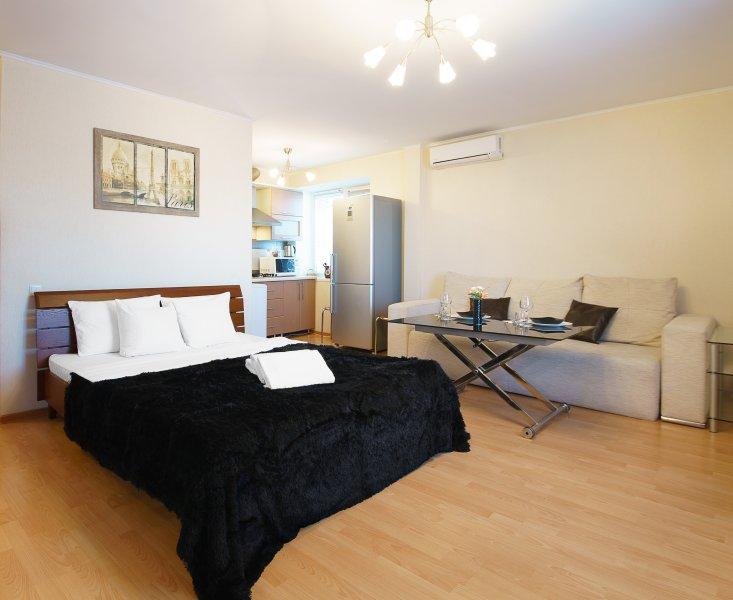 PaulMarie Apartments on Parizhskoj Kommuny, holiday rental in Gomel