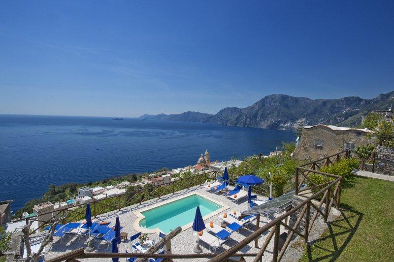 Unsere private Meerblick Pool Blick auf Capri und Positano von Villa Il Frantoio Praiano