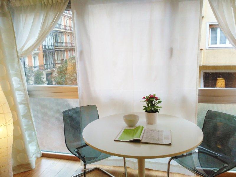 coqueto apartamento en plena milla de oro de Madrid.