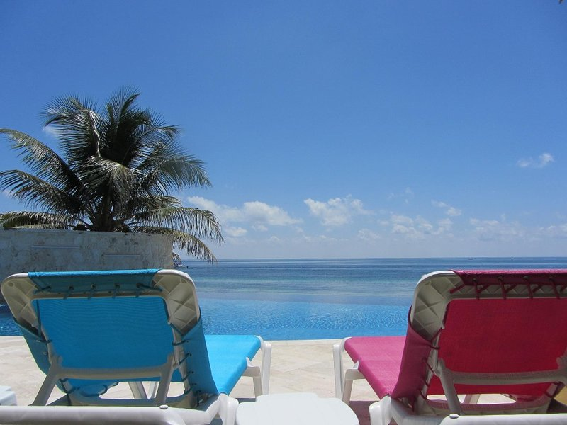 Your seat in paradise!!