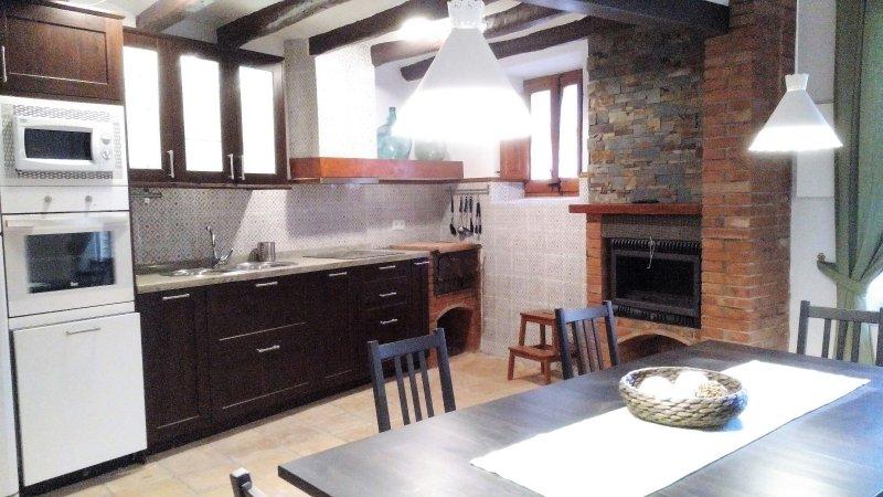 Casa de pueblo con encanto, vacation rental in L'Arboc
