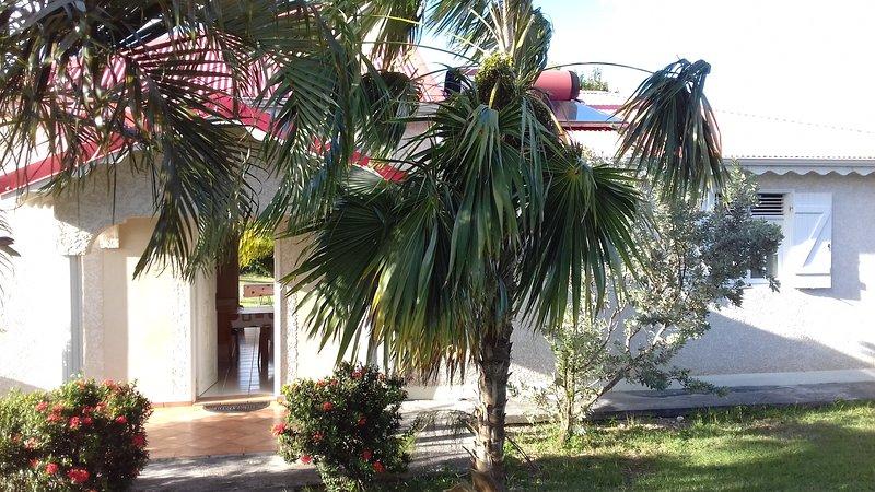 Chambre d'hôte dans une jolie villa, vacation rental in Le Moule
