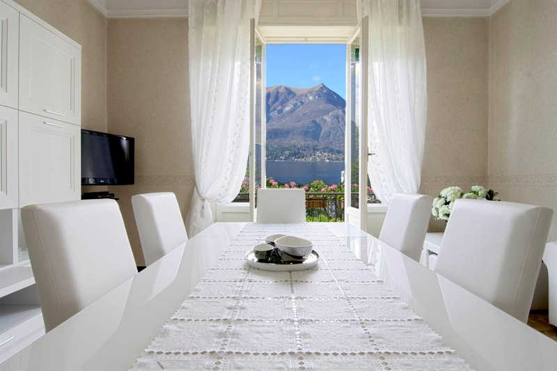 SOGNO - Deluxe Apartment with Lake view and Balcony, holiday rental in Bellagio
