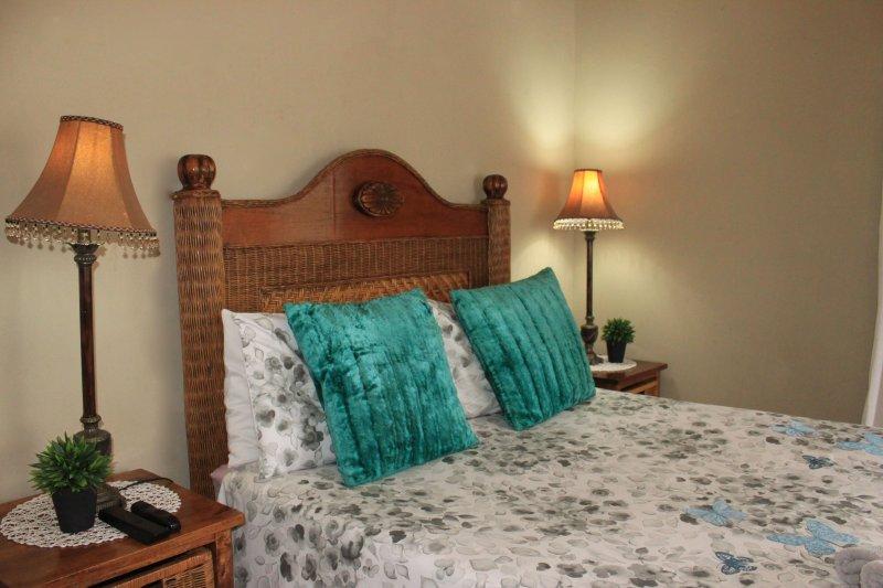 khaya4u Guest house (Room1), holiday rental in Dundee