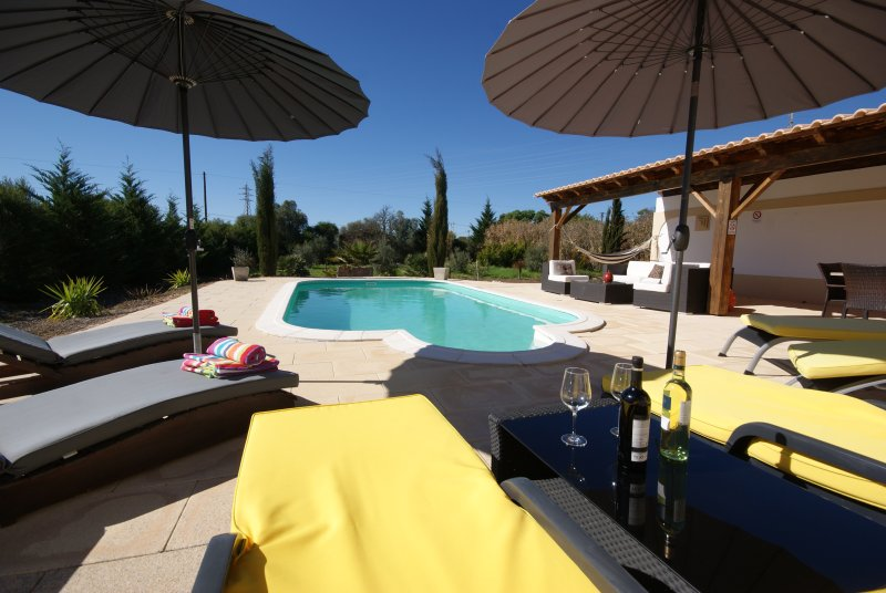 Swimming pool, Lounge set, sunbeds, outside Terace