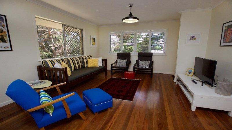 21 Cooroora Street  Dicky Beach QLD, vacation rental in Dicky Beach