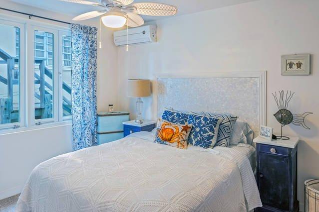 Hawaiian Turtle Room with firm Serta Perfect Sleeper bed.