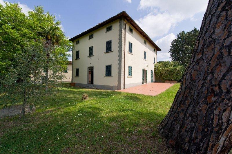 Villa il Pino: nel cuore del Chianti, al crocevia delle città d'arte, holiday rental in Certaldo