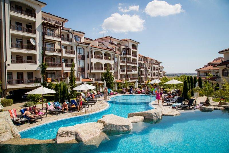 Vineyards Spa Hotel, holiday rental in Kableshkovo