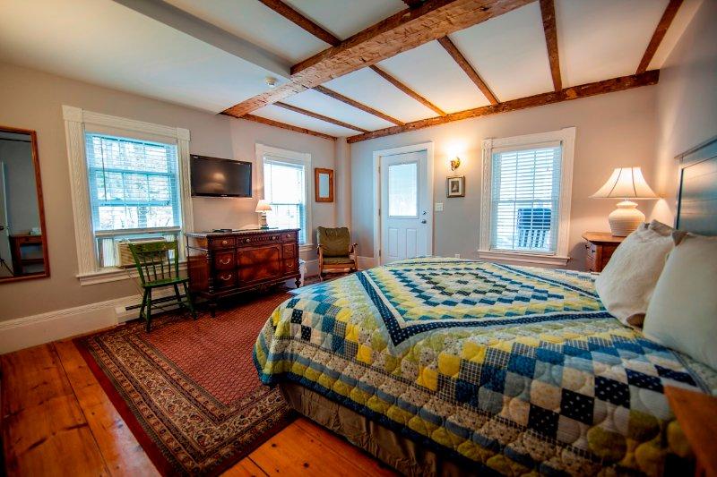 Abalonia Inn Room