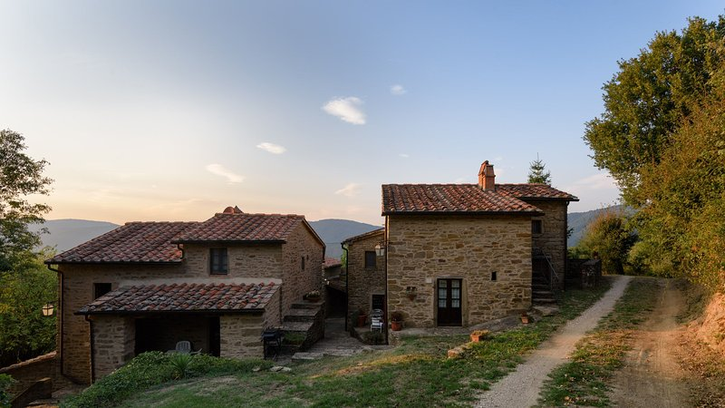 Borgo Tranquilitta Il Sole Family Cottages In Tuscany