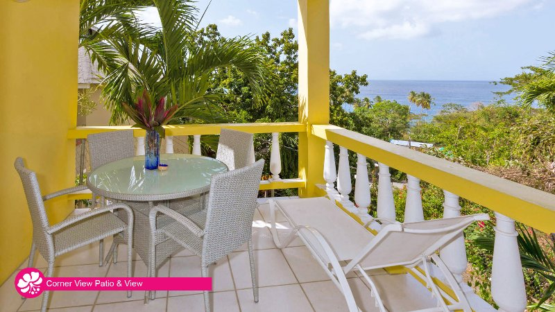 Hibiscus Heights - Corner View, with private sea-view terrace, holiday rental in Black Rock
