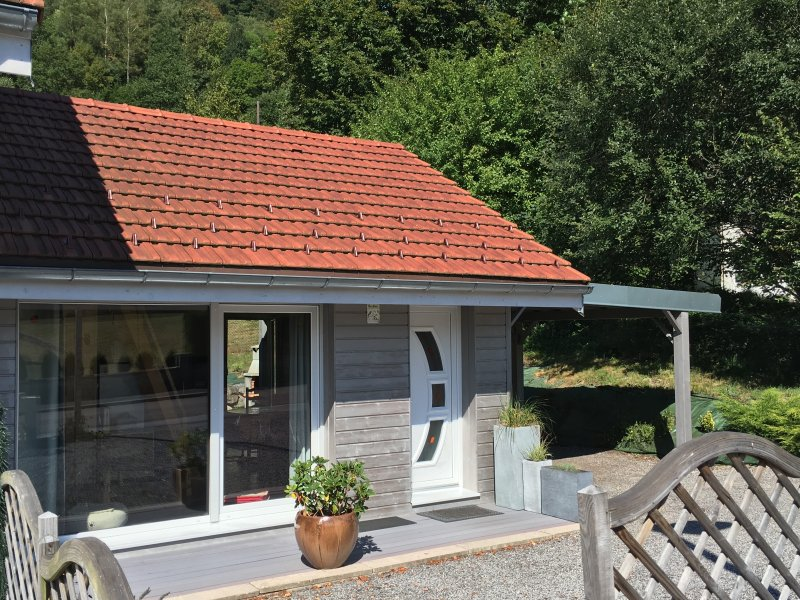 """The chalet """"LE PETIT SORBIER"""" welcomes you in summer. very bright and quiet cottage, great location"""