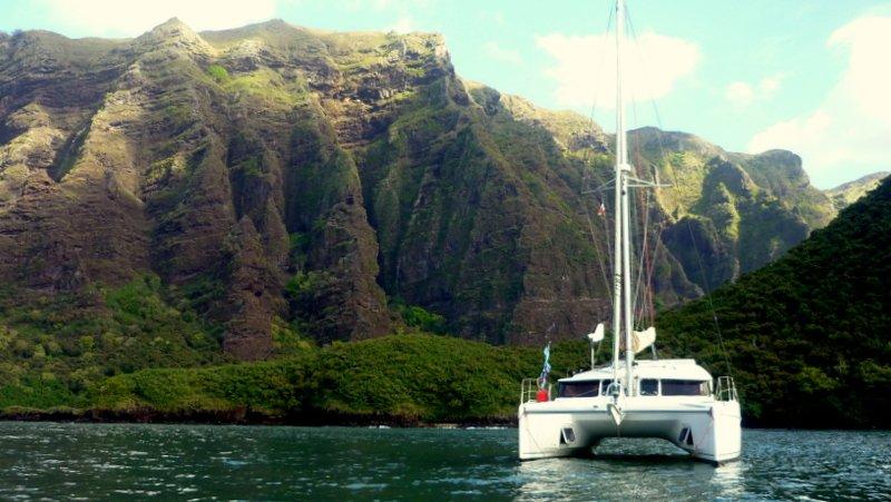 Bateau d'hôtes Catamaran Contre-Temps, holiday rental in Taiohae